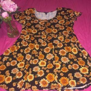 Floral dress 👗 full of sunshine ☀️